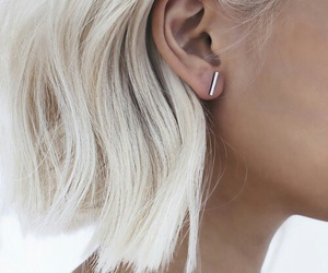 beauty, earring, and hair image