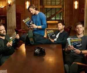 jared padalecki, supernatural family, and Jensen Ackles image