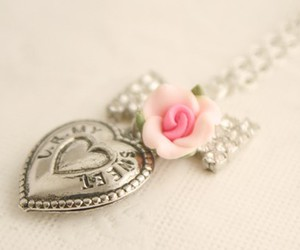 heart, locket, and necklace image