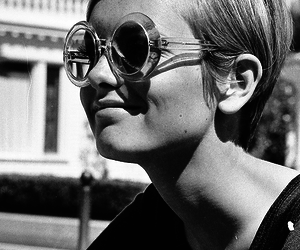 twiggy, black and white, and vintage image