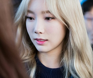 taeyeon and snsd image