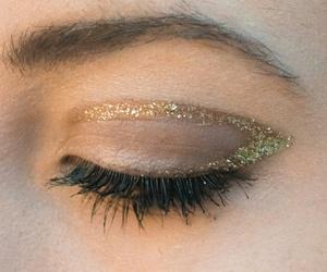 eye, eyeliner, and glitter image