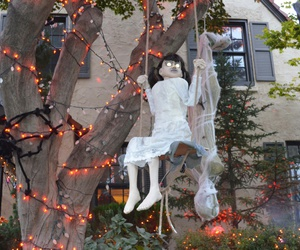 creepy, decorations, and girl image