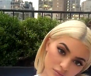 kylie jenner, snapchat, and king kylie image