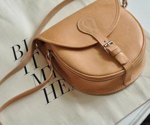 bag and brown image