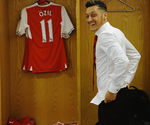 Arsenal, football, and mesut Özil image