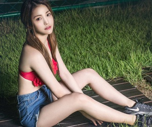 kpop, comeback, and yujeong image