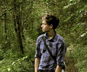 boy, nature, and plaid image