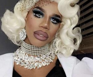 drag queen, naomi smalls, and ru pauls drag race image