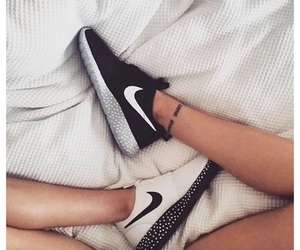 nike, legs, and shoes image