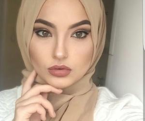 hijab, muslima, and musilmanka image