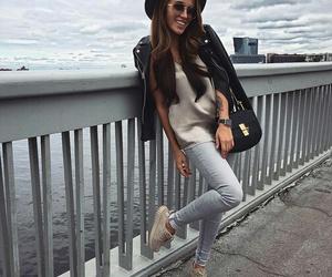 autumn, brunette, and fashion image