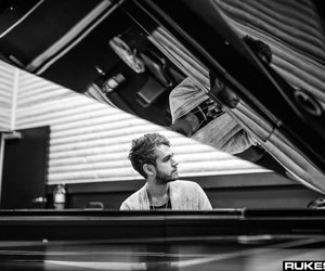 black and white, true colors, and zedd image