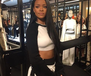 rihanna, celebrity, and riri image