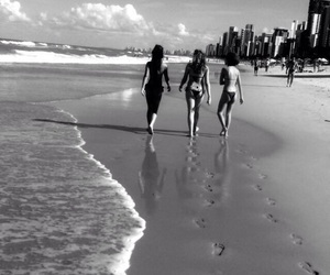 beachgirls image