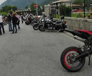 bikes and moto image