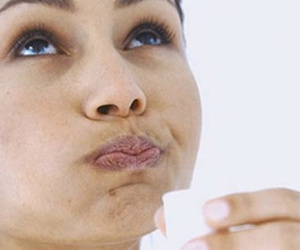 strep throat and home remedies image