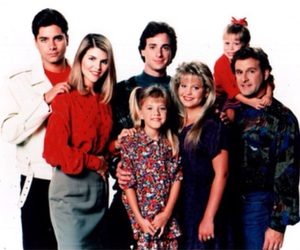 family, full house, and fuller house image