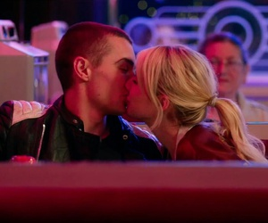 emma roberts, kiss, and nerve image