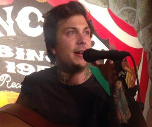 frank iero, patience, and andthe image