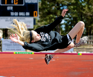 track and high jump image