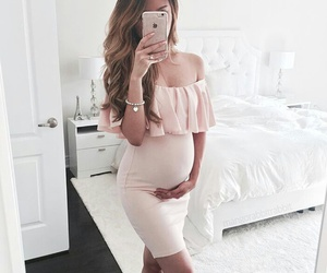 beautiful, outfit, and mom image