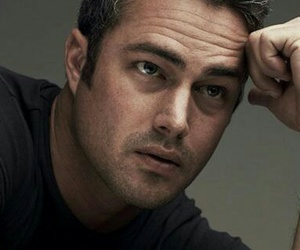 chicago fire, eyecandy, and taylor kinney image