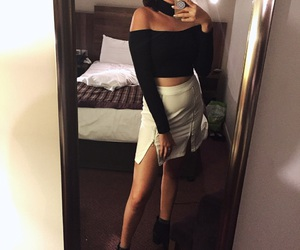 asian, choker, and hotel room image