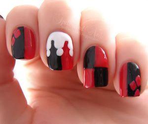 nails and harley quinn image