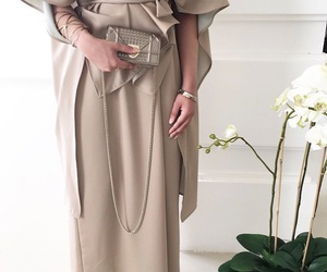 abaya, chic, and fashion image