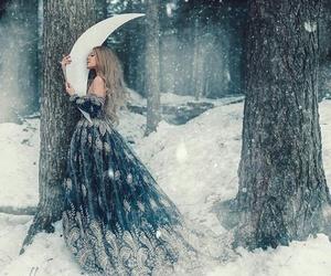 girl moon image
