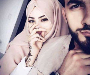 couple, lové, and hijab image