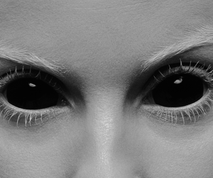eyes and yolandi visser image