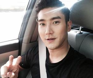 siwon and super junior image