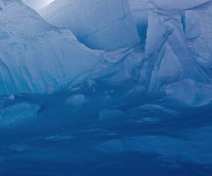 antarctica, blue, and frozen image