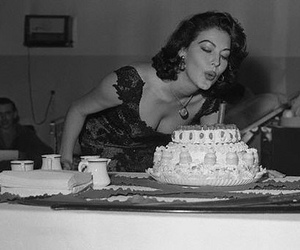 ava gardner and cake image