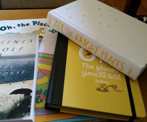 books, to the lighthouse, and virginia woolf image
