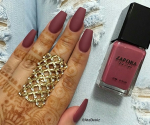 fashion, fingers, and nails image