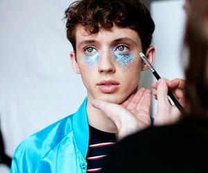 troye sivan, blue, and boy image