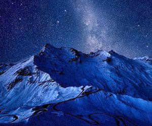 stars and mountain image