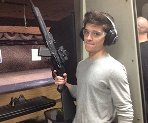 sean o'donnell and gun image