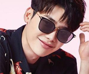 lee jong suk, asian, and boy image