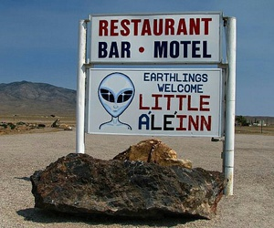 alien and motel image