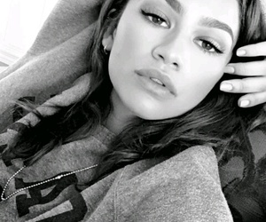 zendayq and black+and+white+pic image
