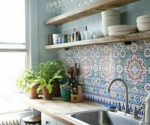 cuisine, mosaique, and plante image