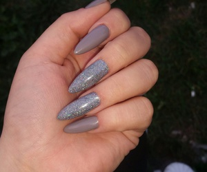 holographic, nails, and shine image
