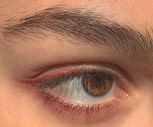 brown eyes and red eyeliner image