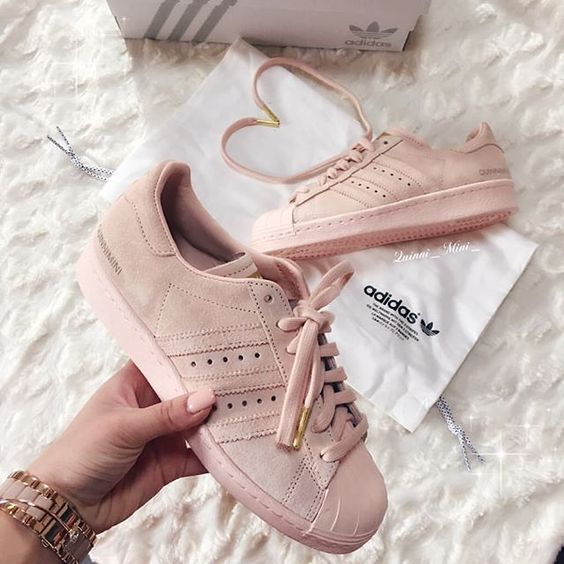adidas blush superstar