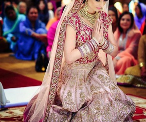indian, bride, and dress image