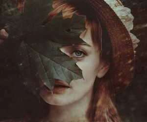 girl, autumn, and beauty image